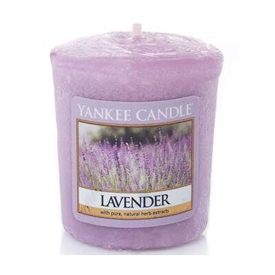 Lavender mintagyertya