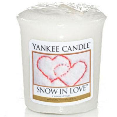 Snow in Love mintagyertya